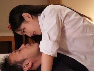 【マジ天使】ロリカワ美少女ちゃんが積極的に舌を絡め乳首責めしてきたらムラムラしまくり生ハメ杭打ちピストンで種付けする! 》濡れまん