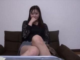 【エロ女】魚肉ソーセージをやらしくしゃぶるくらいチンポ大好きな淫乱美女さんが嬉しそうに鬼ハメ濃密ピストンで犯される!! 》濡れまん